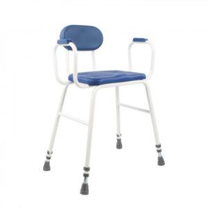 chaise avec assise haute