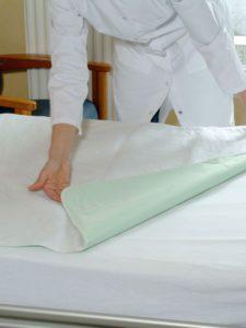 Alèse imperméable lavable avec rabat 85 x 180 cm
